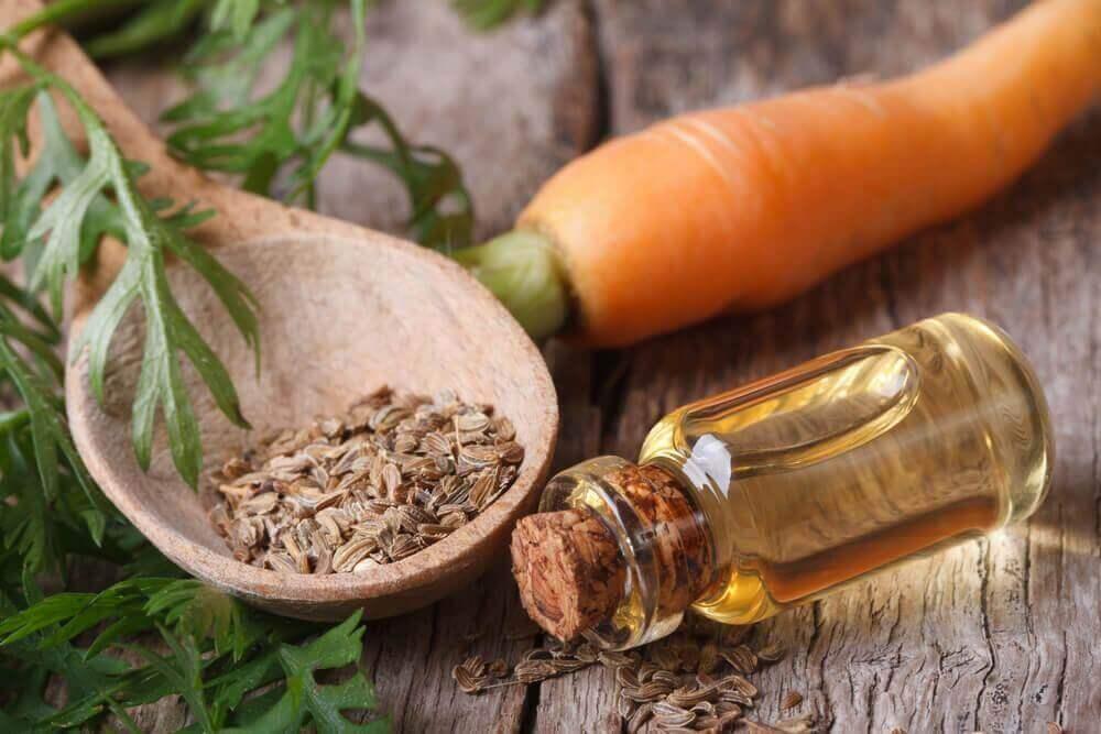 Masken gegen Tränensäcke: Karotten und Olivenöl