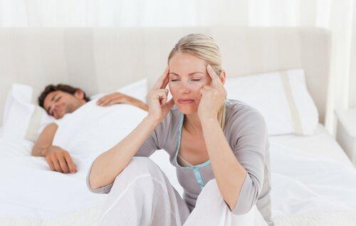 Elektrolytgetränk gegen Dehydration: Kopfschmerzen