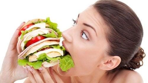 Ohne Frühstück überfällt einen später leichter der gefürchtete Heißhunger