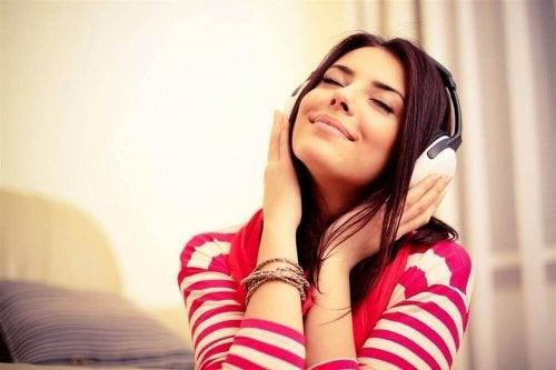 Schlafprobleme bekämpfen mit entspannenden Melodien