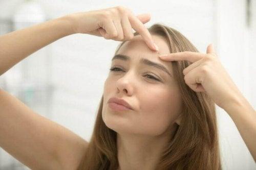 Akne loswerden in 8 Schritten