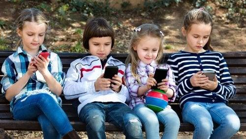 Das Kristallkind ist Teil einer Generation des 21. Jahrhunderts