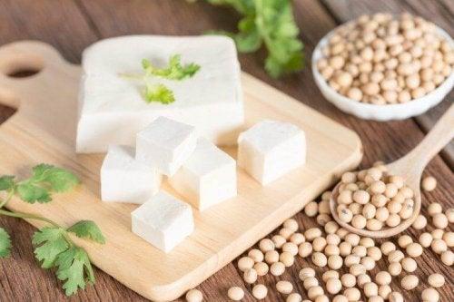Tofu kann tierisches Eiweiß ersetzen