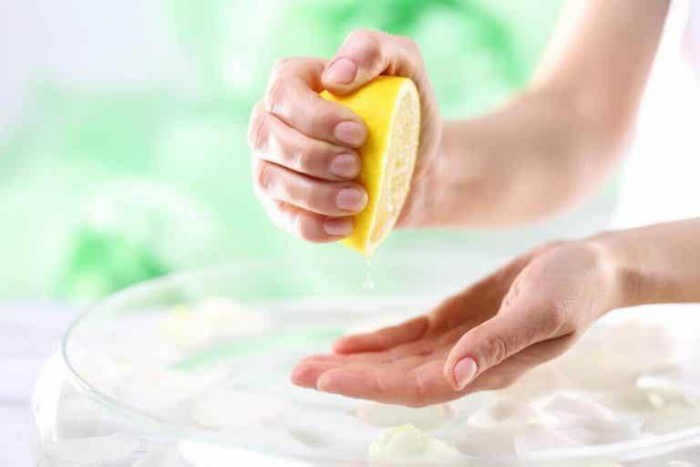 6 natürliche Heilmittel zur Behandlung deiner Hände