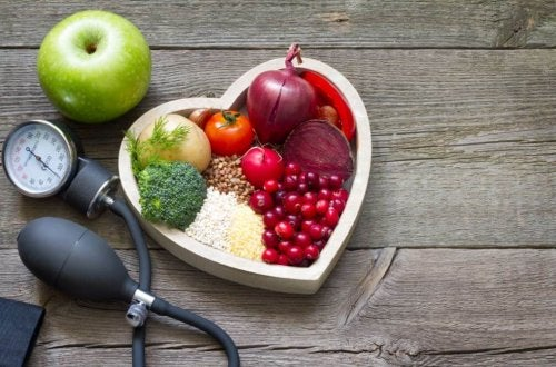 Ernährungstipps gegen hohe Blutfettwerte und Cholesterin
