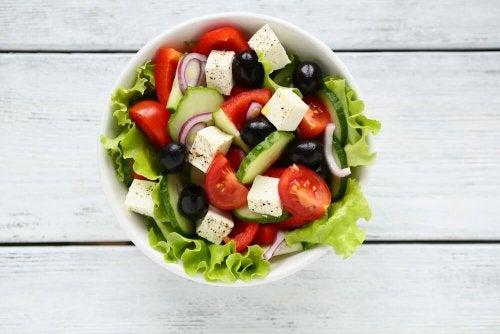 Rezept für traditionellen griechischen Salat