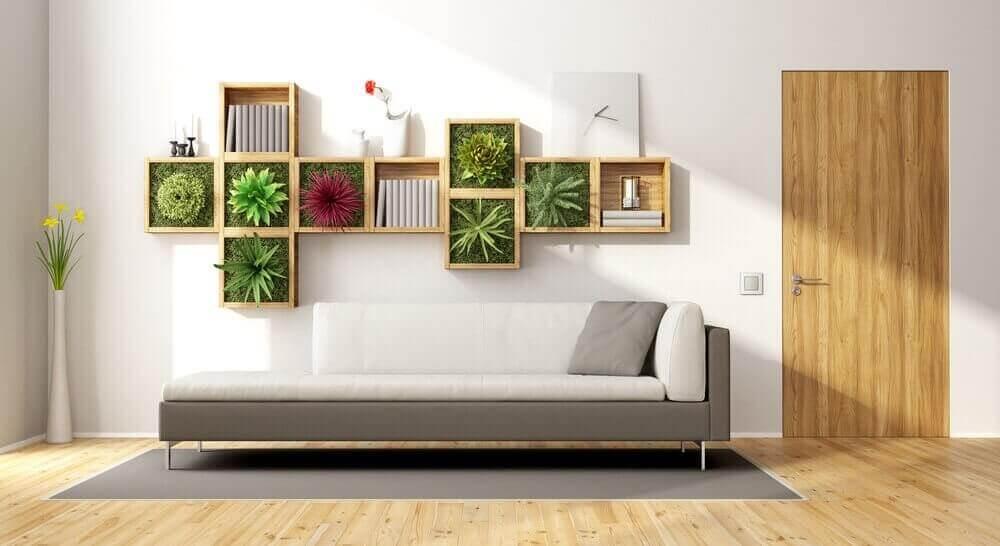 Eine gewöhnliche Wand in einen vertikalen Garten verwandeln: Wohnzimmer