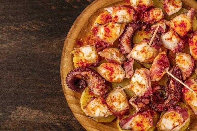 Köstlicher Tintenfisch nach galizischer Art