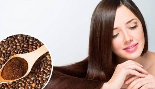 Kräftige deine Haare mit diesen Hausmitteln