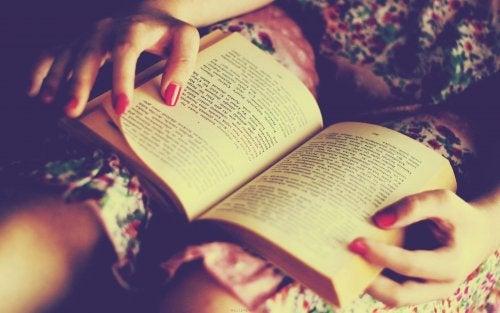 Lesen am Abend - gut fürs Gehirn