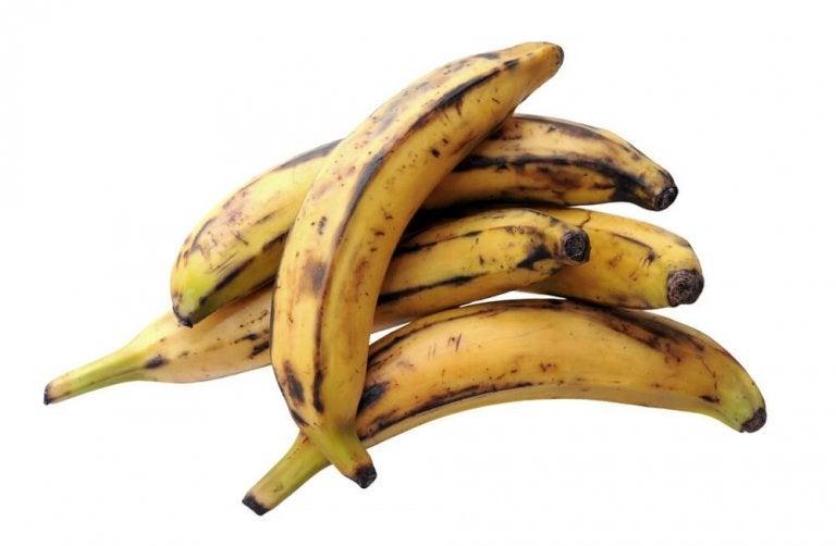 Karibische Küche: Bananenknödel mit Käsefüllung