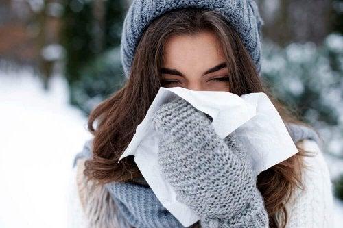Du solltest dich warm halten, wenn du erkältet bist