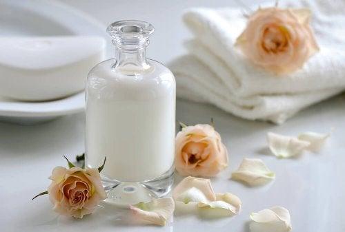 Milch und Minzöl
