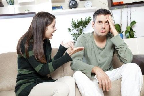 toxische Beziehung und Diskussionen