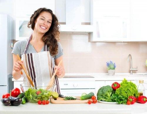 Gesundes und salzarmes Essen kann einem Herzinfarkt vorbeugen