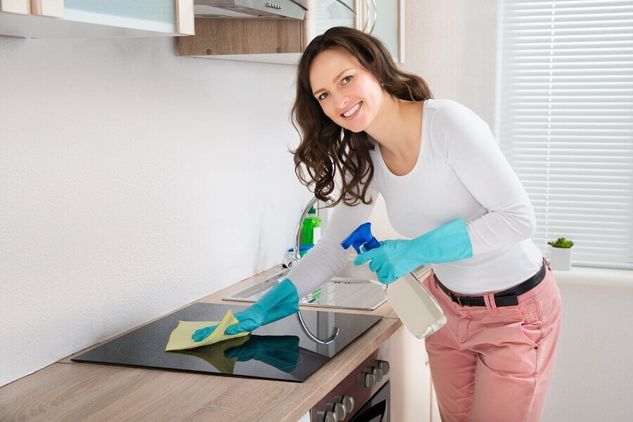 4 selbstgemachte Fettlöser für die Küche