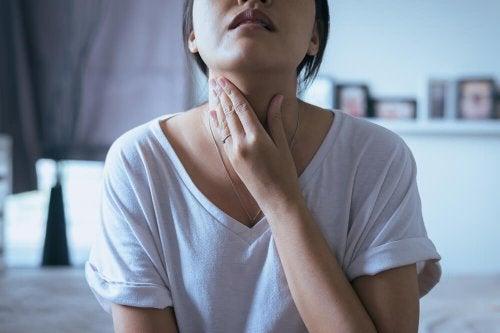 Gurgellösung gegen Halsschmerzen