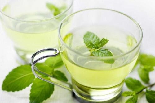 Tee gegen Halsentzündungen