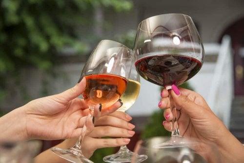 Alkohol verursacht Bluthochdruck