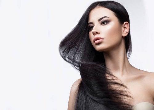 natürliche Mittel für schwungvolles kräftiges Haar