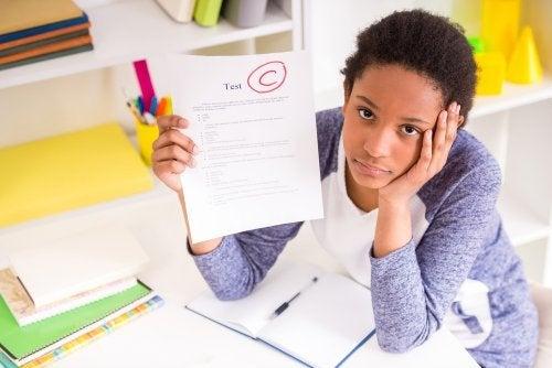 Schlechte Noten wegen Streit der Eltern