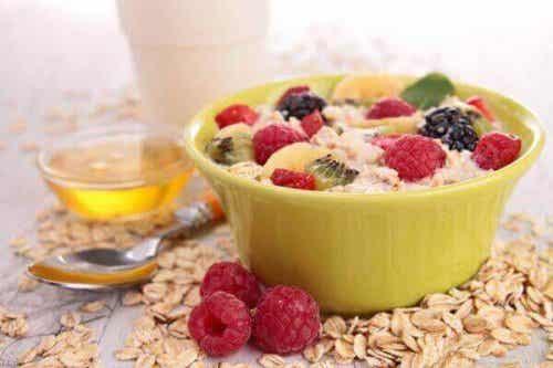 Frühstück mit Obst: 4 köstliche Rezeptideen