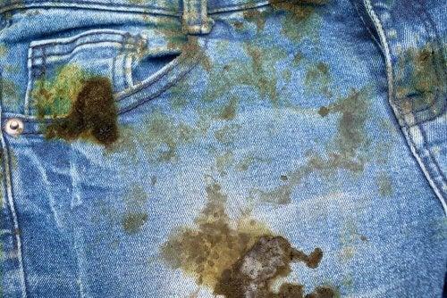 Öl-Flecken - Jeans