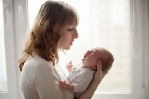 Baby weint ununterbrochen: wie du es beruhigen kannst