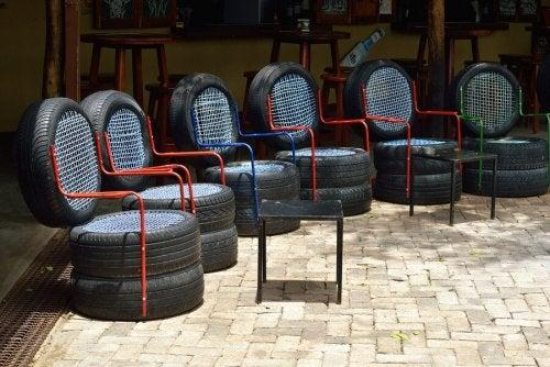 Möbel aus Autoreifen