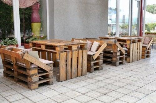 Recycling: 8 Möbel zum Selbermachen