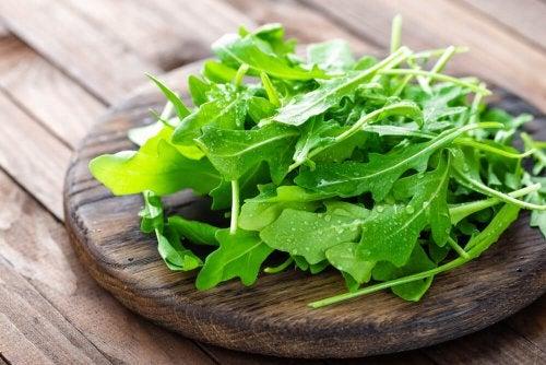 Gesund und kalorienarm: 5 Lebensmittel zum Abnehmen