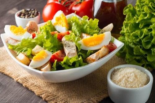 Salate mit Ei, die dich entzücken werden!