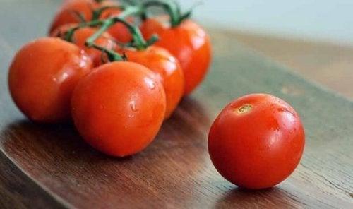 Tomaten sind besonders lecker in Salat