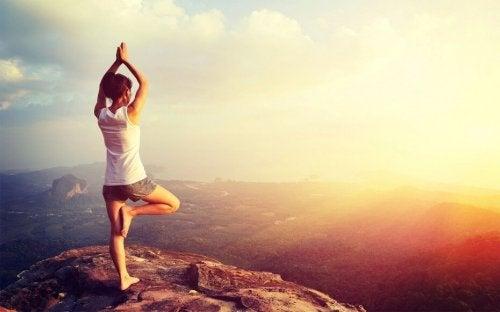 Yoga beim Sonnenaufgang