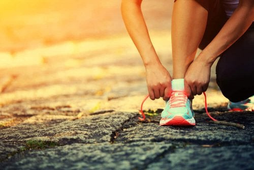 Um dich zum Sport zu motivieren, solltest du dir ein erreichbares Ziel setzen