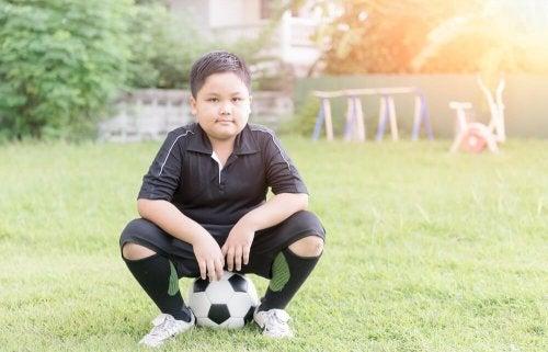 Bewegungsspiele für fettleibige Kinder