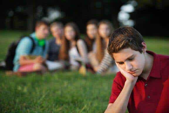 Gruppendruck: so hilfst du deinem Kind