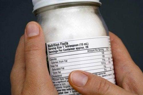Es lohnt sich zu wissen, was deine empfohlene Kalorienaufnahme pro Tag ist