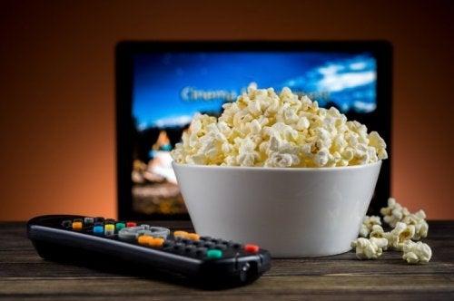 Popcorns und Liebesfilme