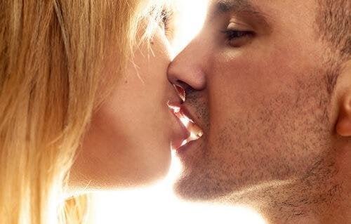 Kann man Küssen lernen?