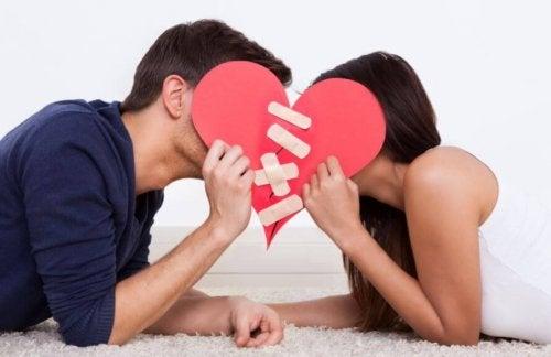 Beendete Beziehung, die Zukunft hatte, wieder aufbauen