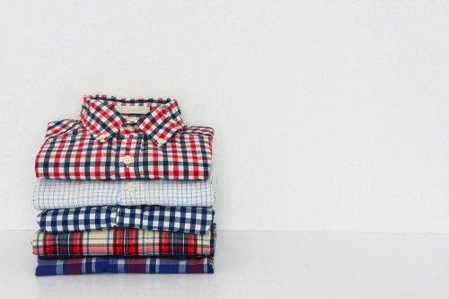 Hemden im Schnelltempo zusammenlegen: Tipps
