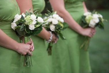 Das richtige Outfit für eine Hochzeit