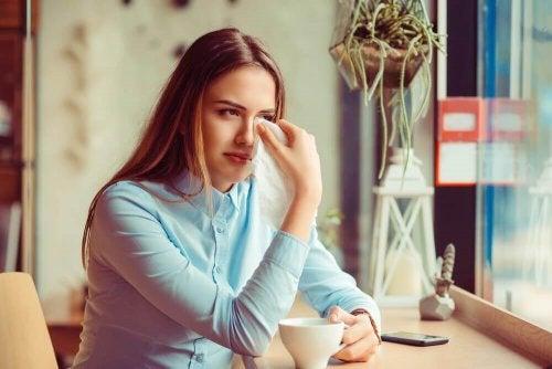 Wenn der Ex-Partner leidet, kann er oder sie dir gegenüber verletzend sein