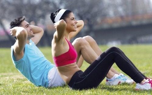 Bauchmuskeltraining im Freien
