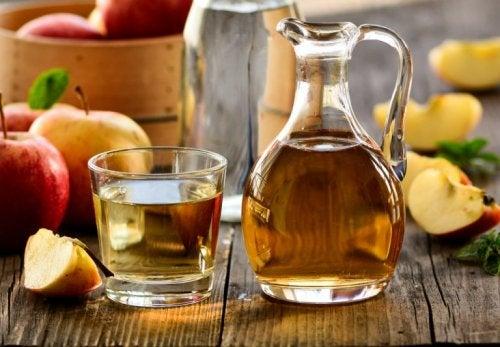 Apfelessig gegen Urtikaria