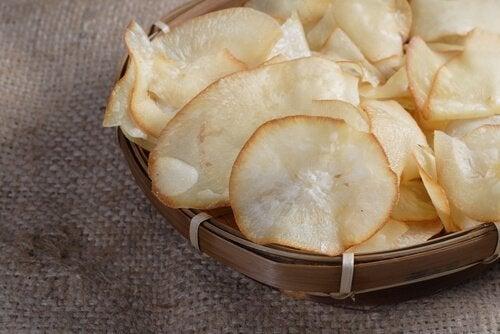 Chips aus Maniok