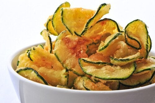 Chips aus Zucchini