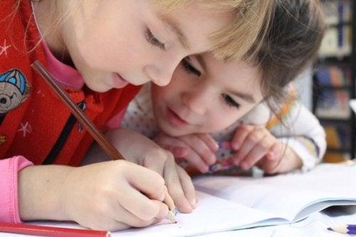 Rechtschreibtraining mit deinem Kind: 5 Tipps