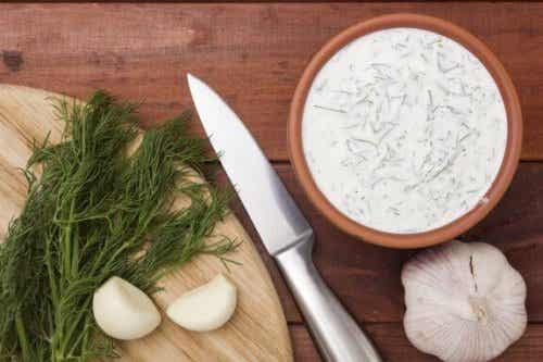 Tataren- und Knoblauchsoße selbst gemacht